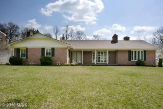106 Hawthorne Dr, Winchester, VA 22601