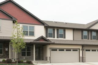 400 Churchill Dr, North Liberty, IA 52317