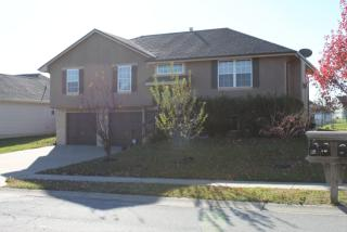 1109 Wiltshire Blvd, Raymore, MO 64083