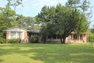 1313 Dogwood Lane, Picayune MS