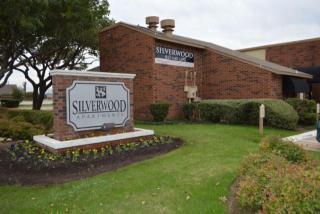1135 Silverwood Dr, Arlington, TX 76006