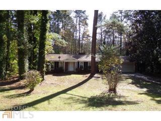 3790 Village Dr SW, Atlanta, GA 30331