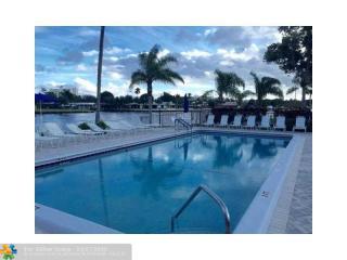 6213 Bay Club Dr #2, Fort Lauderdale, FL 33308
