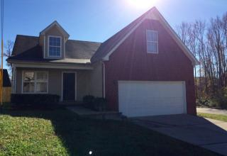 181 Howard Woody Dr, La Vergne, TN 37086