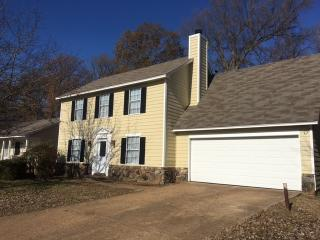 4696 Crestfield Rd, Millington, TN 38053