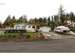 9409 SE Sun Crest Dr, Happy Valley, OR 97086