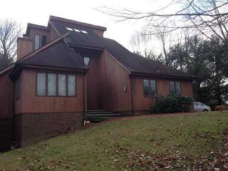 103 Oakwood Cir, Gibsonia, PA 15044