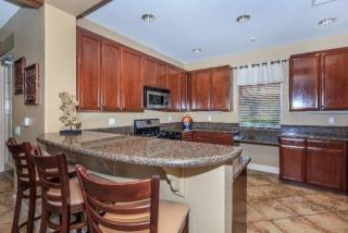 27082 Oneill Dr, Ladera Ranch, CA 92694