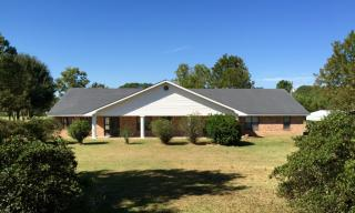 100 Serenity Dr, Youngsville, LA 70592