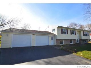 627 Erie Station Rd, West Henrietta, NY 14586