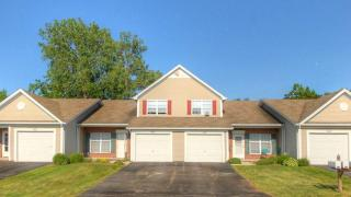 400 Squareview Ln, Rochester, NY 14626