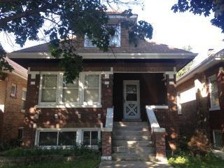 1416 Highland Ave, Berwyn, IL 60402