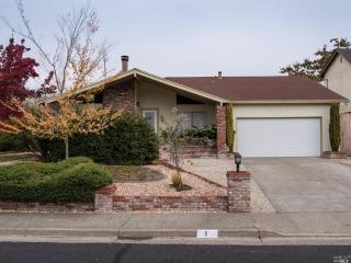 1 Woodland Ct, Novato, CA 94947