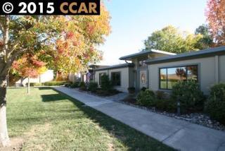1147 Oakmont Dr #2, Walnut Creek, CA 94595
