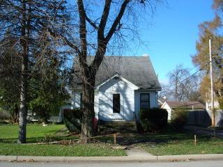 1115 Woodward Ave, Joliet, IL 60432