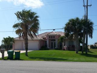 17285 Cape Horn Blvd, Punta Gorda, FL 33955