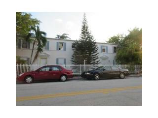 410 76th St, Miami Beach, FL 33141