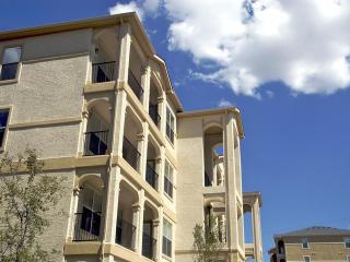 18385 Babcock Rd, San Antonio, TX 78255