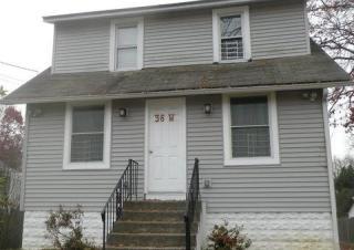 36 Gradwell Ave, Maple Shade, NJ 08052