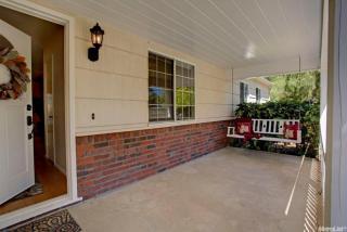 3237 Becerra Way, Sacramento, CA 95821