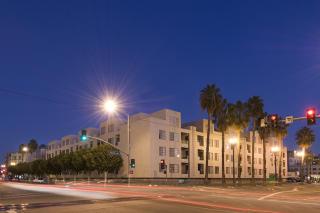 555 Pine Ave, Long Beach, CA 90802
