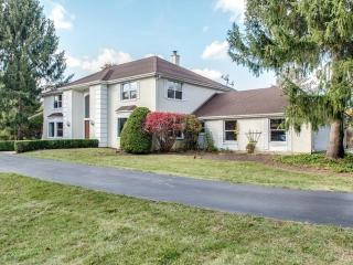 6 Cross Timber Road, Barrington IL