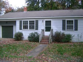 19 Martin Rd, Newport News, VA 23606
