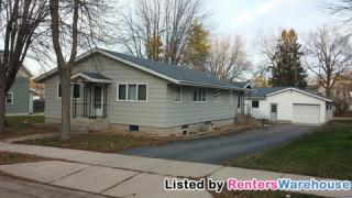 207 N 6th St, Henderson, MN 56044