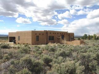 4 Vista Del Ocaso Road, Ranchos de Taos NM
