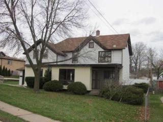 510 W Main St, Waterford, WI 53185