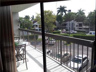 8820 Southwest 132nd Place #301D-S, Miami FL