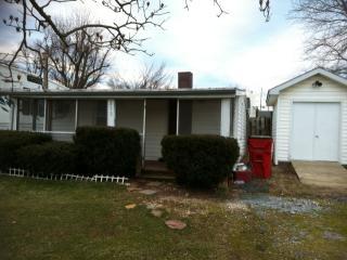 213 E 10th Ave, Ranson, WV 25438