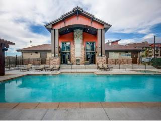 124 E Dry Creek Ridge Ln, Sandy, UT 84070