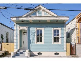 1330 Saint Anthony St, New Orleans, LA 70116