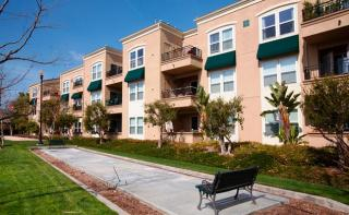 7181 Garden Glen Ct, Huntington Beach, CA 92648
