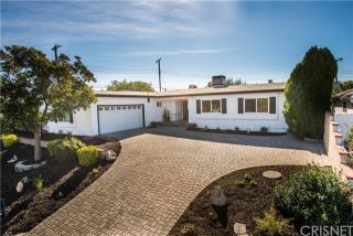 23920 Calvert St, Woodland Hills, CA 91367