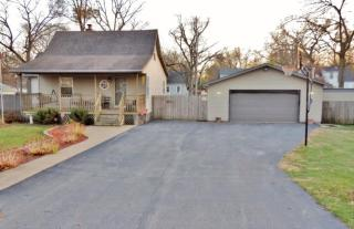 2833 W 40th Pl, Gary, IN 46408