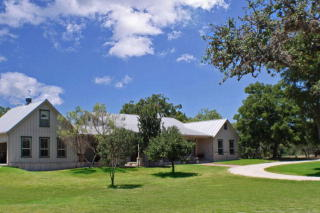 3103 Center Point Road, Fredericksburg TX