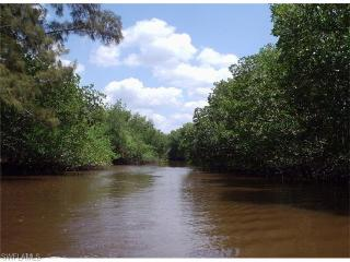 12 Halfway Crk, Everglades City FL