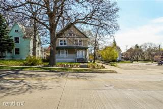 354 Fuller Ave SE #2, Grand Rapids, MI 49506