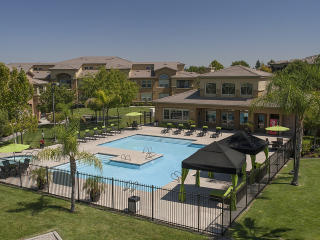 3351 Duckhorn Dr, Sacramento, CA 95834
