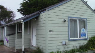1421 NW 16th St, Lincoln City, OR 97367