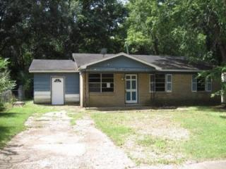 3693 Royal Wood Dr, Memphis, TN 38128