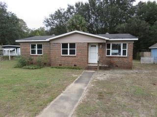 7568 Graves Rd, Pensacola, FL 32514