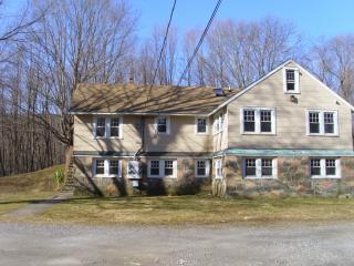 1718 Us-9w #2, West Park, NY 12493