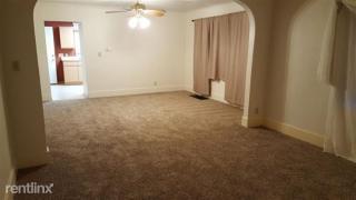 1507 Holmes St, Saginaw, MI 48602