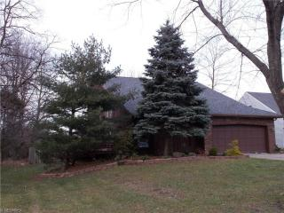18446 Drake Rd, Strongsville, OH 44136