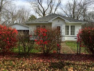 306 N Studell Ave, Benton, IL 62812
