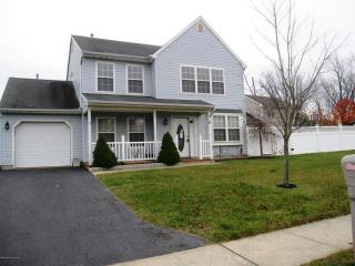 8 Peter Place, Hazlet NJ