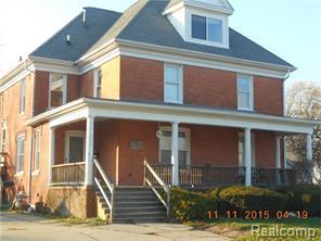 810 S 8th St, Saint Clair, MI 48079